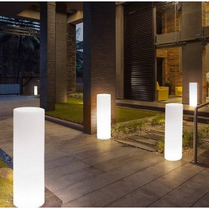 MACETERO LED RGBW DE RESINA BLANCA, 40X115CM, 7W, IP65, INALÁMBRICO