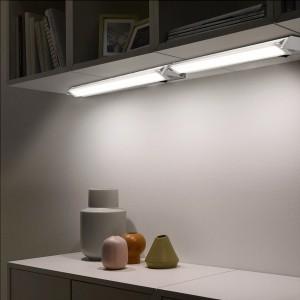 Luminaria LED orientable para bajo muebles 60 cm 10W 900 lumens