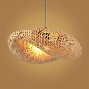 lámpara colgante de mimbre