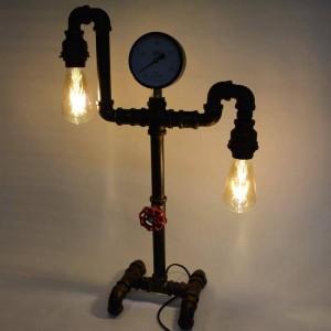 Lámpara de mesa con tuberías estilo Vintage