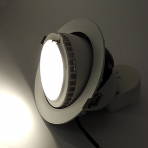 Downlight LED basculante 38W