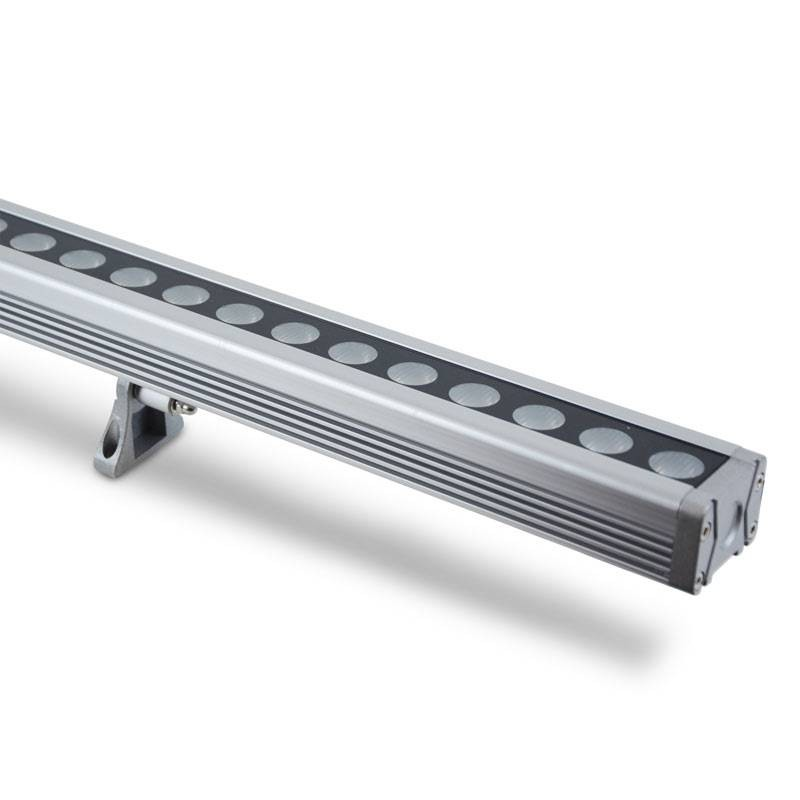 BAÑADOR lineal LED DE PARED