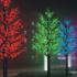 Iluminación exterior con árboles LED