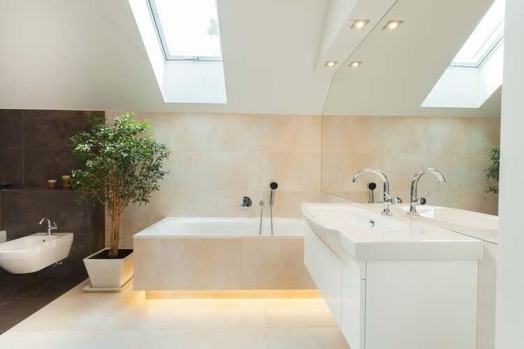 4 ideas para iluminar tu baño