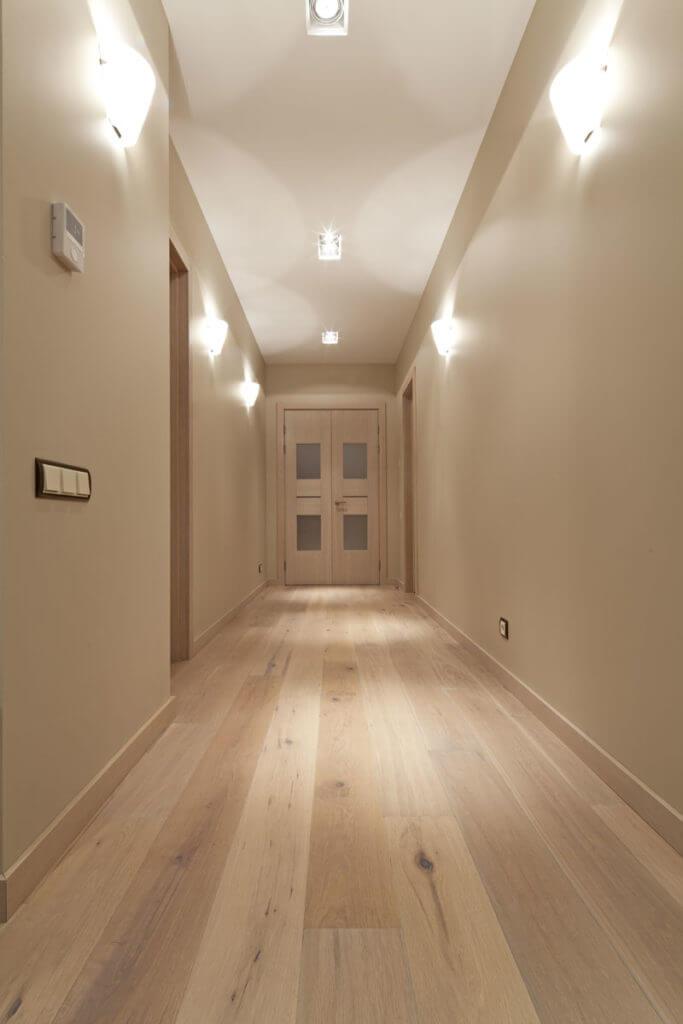 Cómo iluminar recibidores pasillos y escaleras