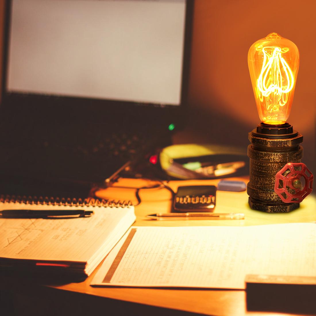 lámpara de mesa tuberia
