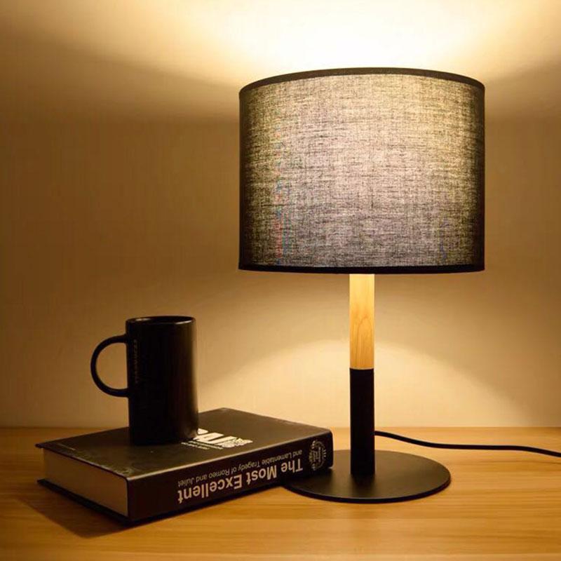 lámpara de mesa moderna