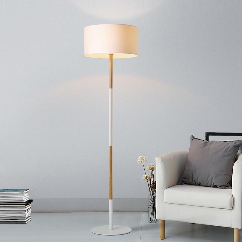 lámpara de pie salón