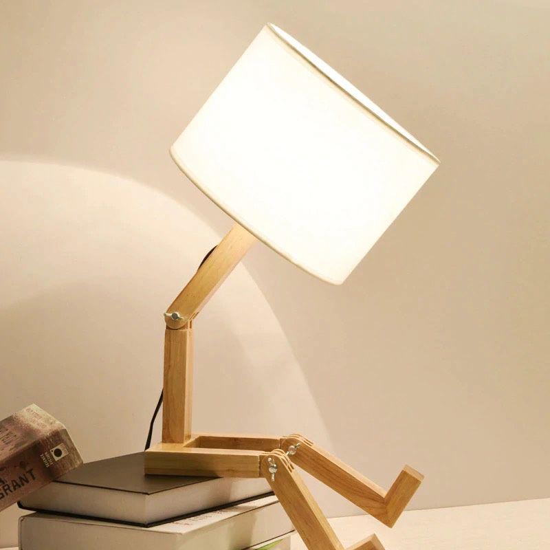 lampara de sobremesa articulada de madera