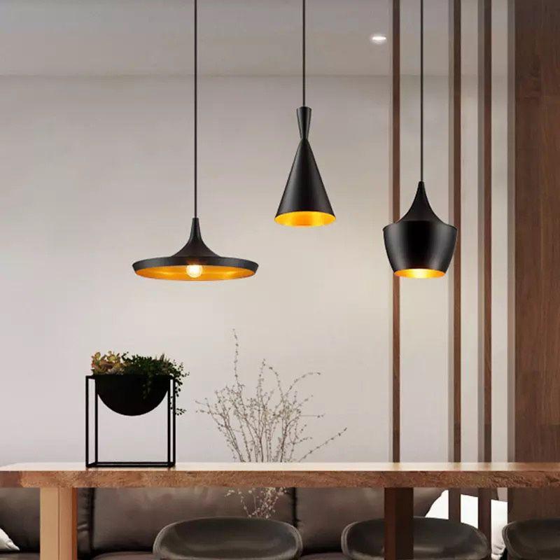 lampara colgante metal negro aluminio interior dorado
