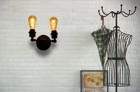 lampara de jaula decorando vestidor estilo vintage industrial