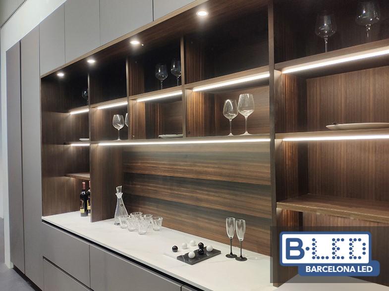 perfiles de aluminio para muebles de oficina