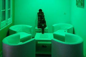 ambiente verde creado con luz led