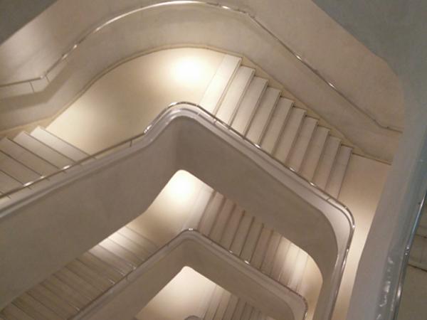 Eclairage D Escaliers Securite Et Design Barcelona Led France