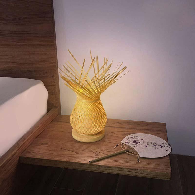 lámpara de mesa mimbre habitación