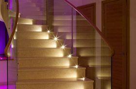 led suelo escaleras