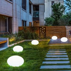 Candeeiro esfera oval LED RGBW recarregável 1,2W IP65