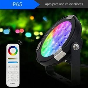 Foco projetor LED 9W RGB+CCT controlo por RF/WiFi - IP65