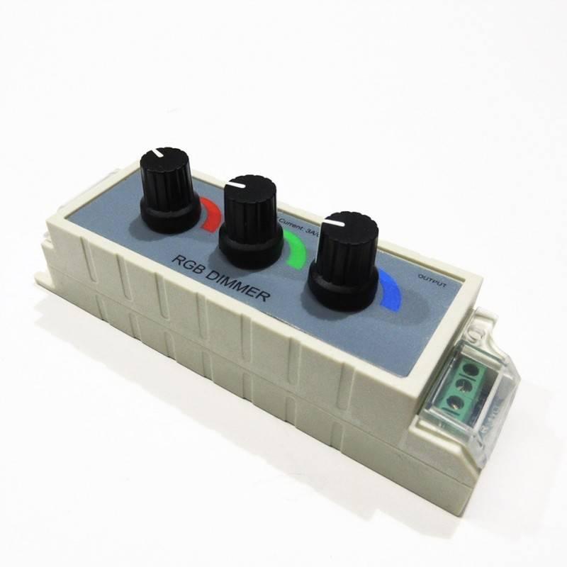 Controlador RGB manual para mudança de cor 12/24V com um potenciómetro por canal