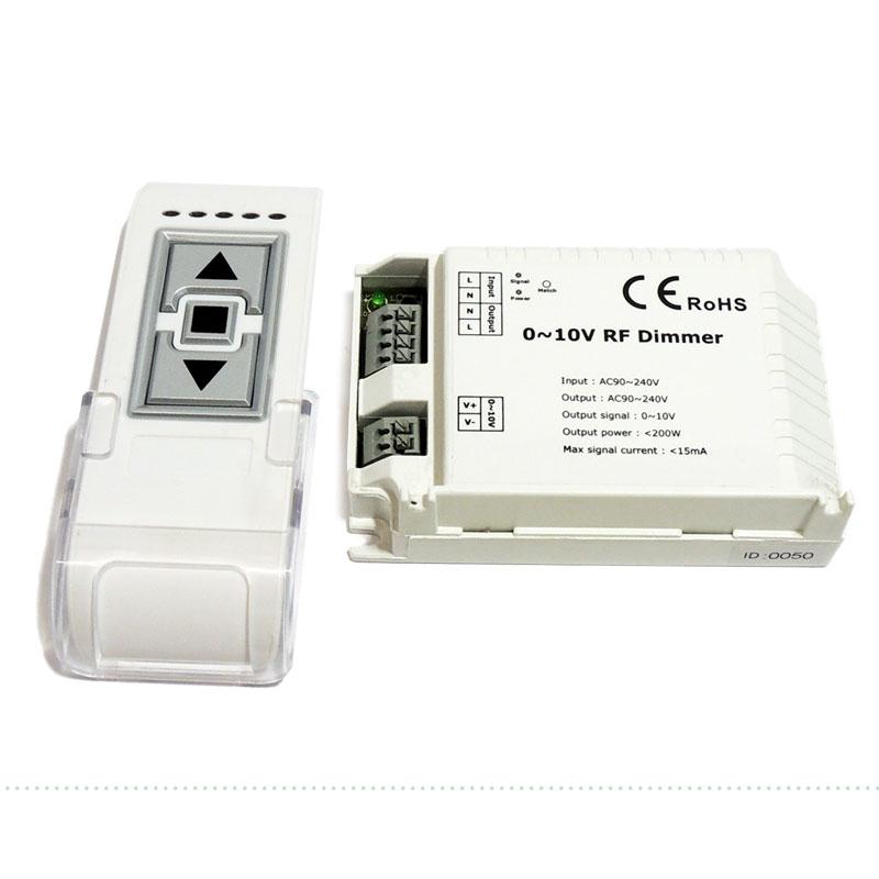 Regulador Monocor com comanda à distância 0-10V