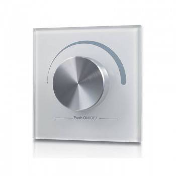Comando remoto para controlar a intensidade das luzes