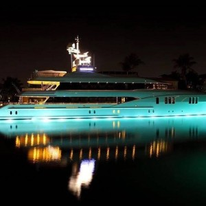 Luz LED RGB de superfície submersível SLIM 30W 12V 316L inox IP68