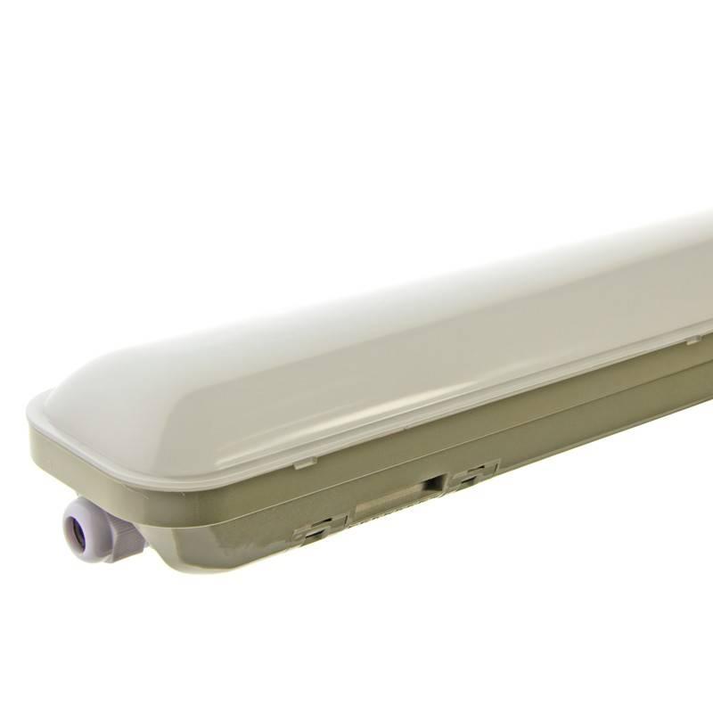 Luminária estanque LED integrado 48W 4000lm 150cm IP65
